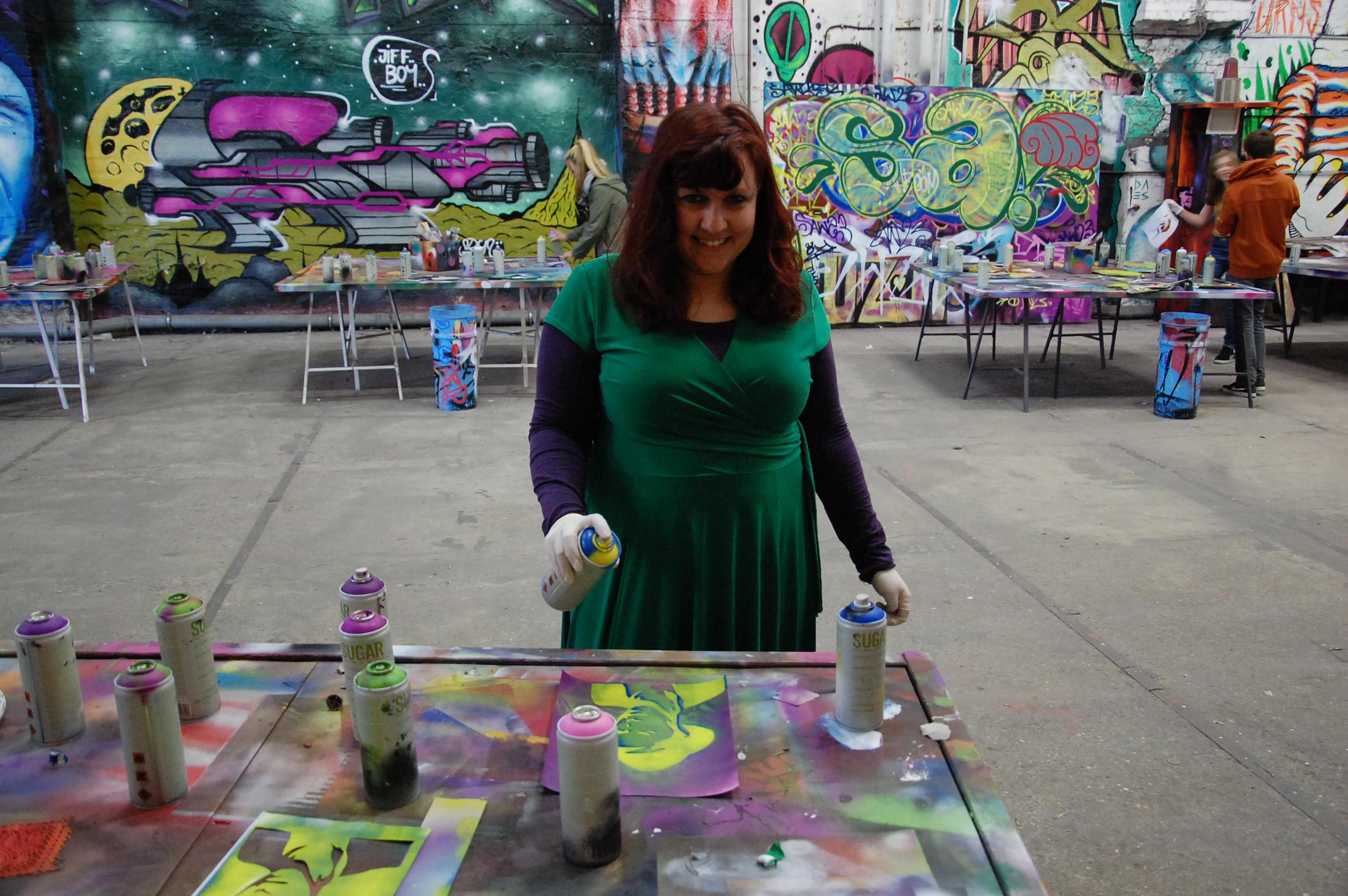 Berlin: Street art tour + workshop